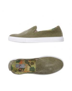Низкие кеды и кроссовки YAB. Цвет: зеленый-милитари