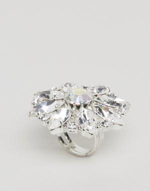 Krystal London Кольцо с цветком и кристаллами Swarovski. Цвет: серебряный