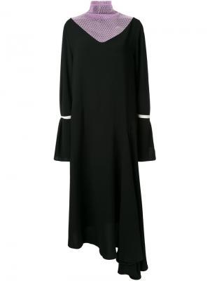 Платье с расклешенными рукавами N Duo. Цвет: чёрный