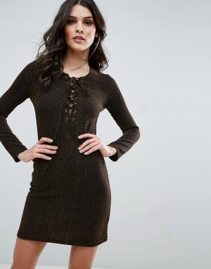Jovonna Облегающее платье на шнуровке спереди. Цвет: золотой