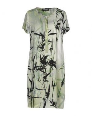 Короткое платье MARTA PALMIERI. Цвет: зеленый
