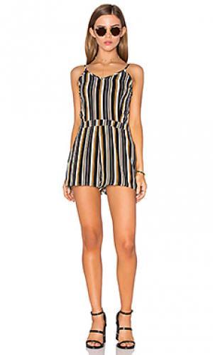 Подгоняемый ромпер Lucca Couture. Цвет: черный