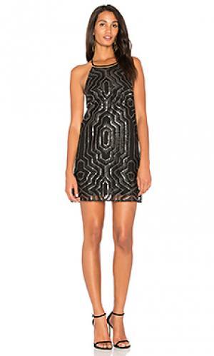 Мини платье с украшением cal SAYLOR. Цвет: черный