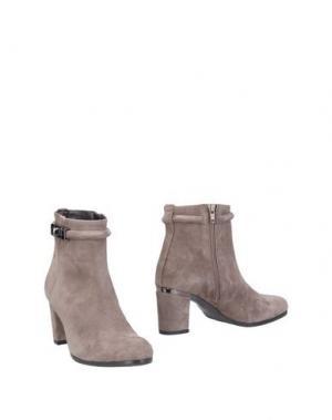 Полусапоги и высокие ботинки L'AMOUR. Цвет: серый