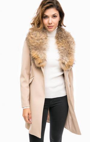 Пальто с натуральным мехом Kocca. Цвет: бежевый
