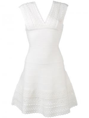 Расклешенное платье с вырезами Hervé Léger. Цвет: белый