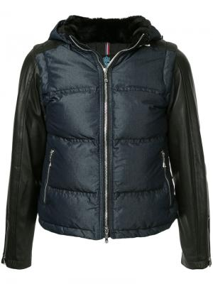 Куртка с контрастными рукавами и капюшоном Guild Prime. Цвет: синий