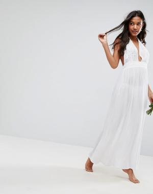 ASOS Пляжное платье макси с аппликацией BRIDAL. Цвет: белый