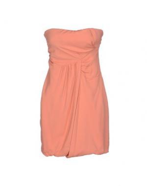 Короткое платье BETTY BLUE. Цвет: лососево-розовый