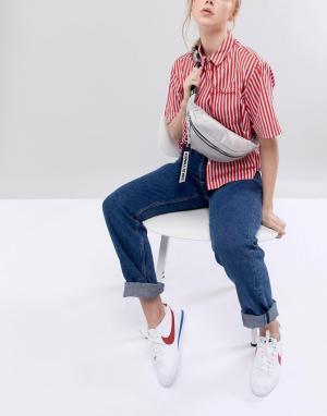 Tommy Jeans Сумка-кошелек на пояс с фирменной лентой ремешке. Цвет: серый