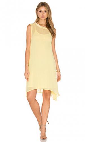Мини платье LACAUSA. Цвет: желтый