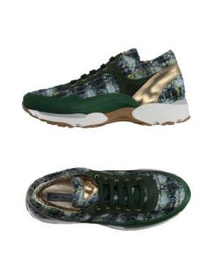 Низкие кеды и кроссовки MIMISOL. Цвет: зеленый