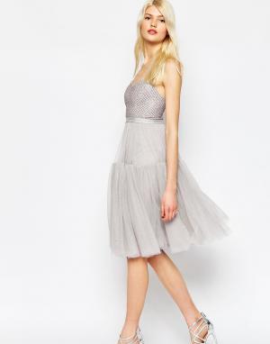 Needle & Thread Пышное платье из тюля с декоративной отделкой. Цвет: розовый