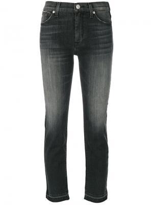 Укороченные джинсы кроя скинни Hudson. Цвет: серый