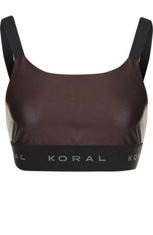 Кроп-топ с логотипом бренда Koral. Цвет: темно-коричневый