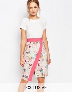 Closet London Платье 2 в 1 с запахом на юбке и контрастной отделкой. Цвет: мульти