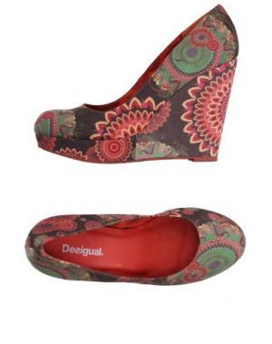 Туфли DESIGUAL. Цвет: какао