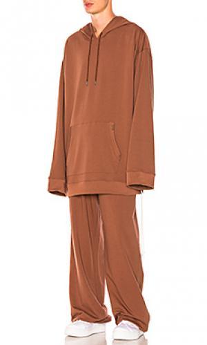 Спортивный костюм с пуловером Fenty by Puma. Цвет: коричневый