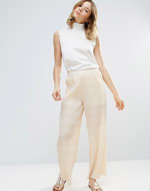 Ganni Плиссированные брюки цвета слоновой кости Hall. Цвет: кремовый