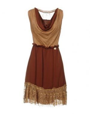 Короткое платье REBEL QUEEN. Цвет: какао