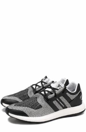 Текстильные кроссовки Pureboost с кожаной отделкой Y-3. Цвет: черно-белый