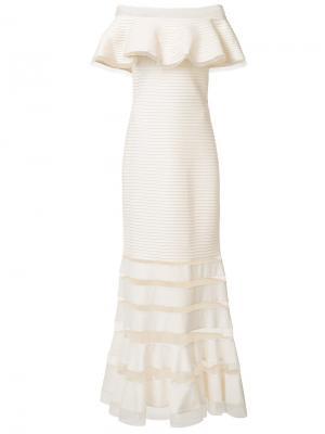 Вечернее платье с открытыми плечами Tadashi Shoji. Цвет: белый