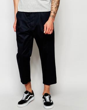 Izzue Укороченные брюки. Цвет: темно-синий