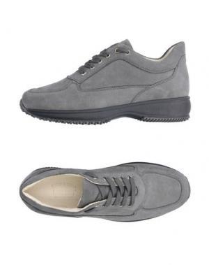 Низкие кеды и кроссовки BRUNO VERRI. Цвет: серый