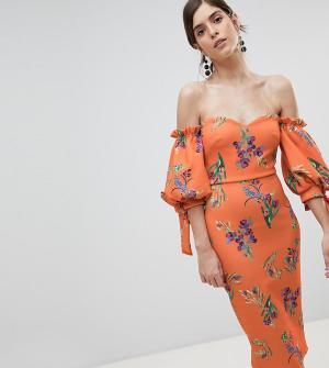 True Violet Платье миди с открытыми плечами и завязками на рукавах. Цвет: мульти