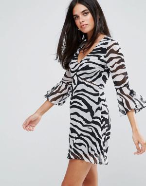 Rare Платье мини с расклешенными рукавами и принтом зебра. Цвет: мульти
