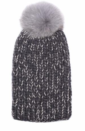Шапка из смеси шерсти и вискозы фактурной вязки с меховым помпоном Eugenia Kim. Цвет: темно-серый