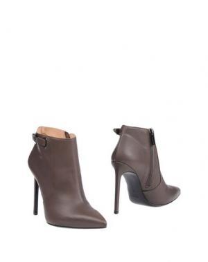 Полусапоги и высокие ботинки FIORANGELO. Цвет: серый
