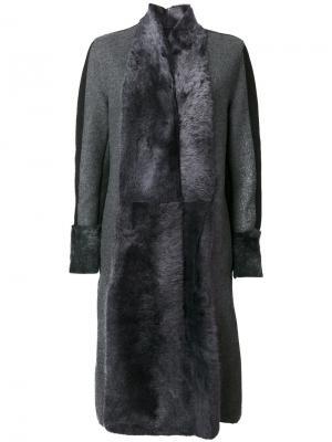 Пальто со вставками Lorena Antoniazzi. Цвет: серый