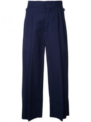 Укороченные брюки со складками Erika Cavallini. Цвет: синий