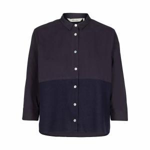 Рубашка с воротником-поло и рисунком AND LESS. Цвет: синий морской