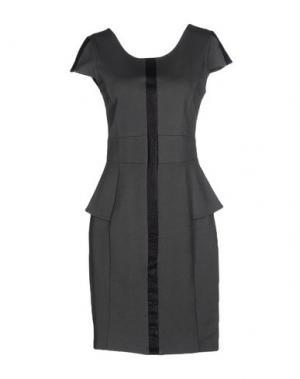 Короткое платье AXARA PARIS. Цвет: зеленый-милитари