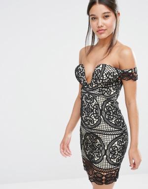 Love Triangle Кружевное платье с открытыми плечами. Цвет: черный