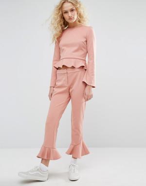 I Love Friday Укороченные брюки с рюшами по низу Co-Ord. Цвет: розовый