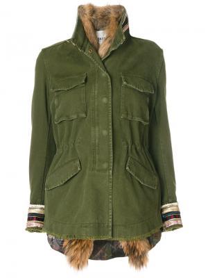 Куртка с вышивкой на рукавах Bazar Deluxe. Цвет: зелёный