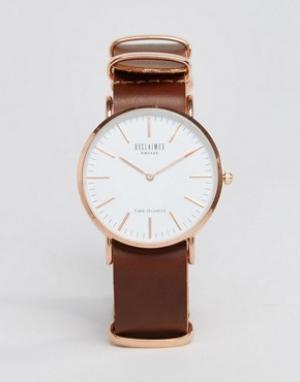 Reclaimed Vintage Часы с коричневым кожаным ремешком Inspired. Цвет: коричневый