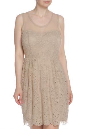 Приталенное кружевное платье Liu Jo. Цвет: бежевый