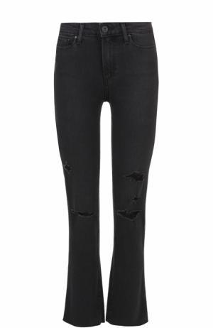 Укороченные расклешенные джинсы с потертостями Paige. Цвет: черный