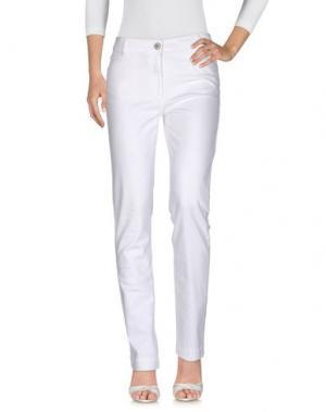 Джинсовые брюки DEVERNOIS. Цвет: белый