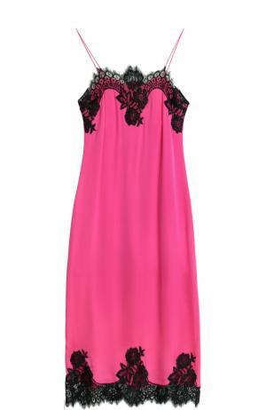 Приталенное платье-комбинация с кружевной отделкой Alice + Olivia. Цвет: фуксия