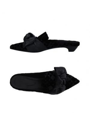 Мюлес и сабо VIC. Цвет: черный