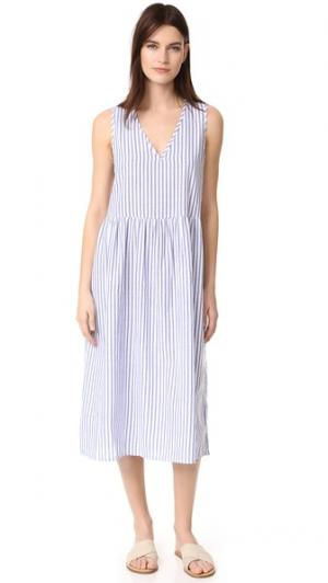 Длинное платье Air Vale. Цвет: белый в тонкую синюю полоску