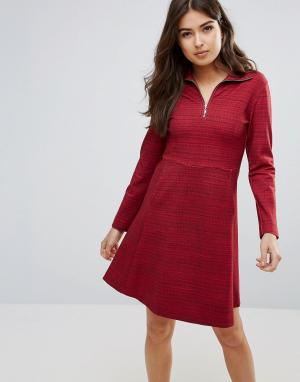 Wood Платье на молнии Janet. Цвет: красный