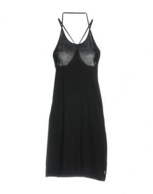 Короткое платье L.G.B.. Цвет: черный