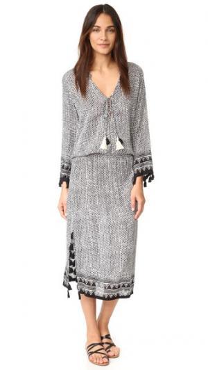Макси-платье Chloe coolchange. Цвет: цвет икры/белый