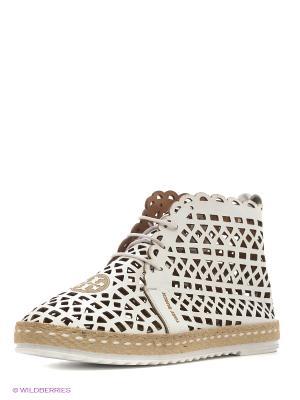 Ботинки Almare. Цвет: белый